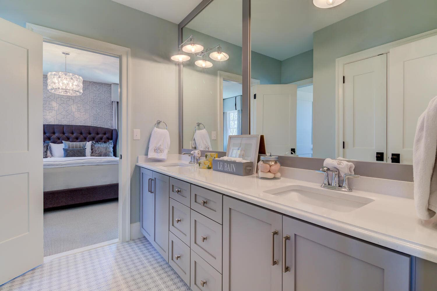 Master bathroom vanity in a new home from Bentley Homes.